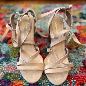 Tan heel shoes